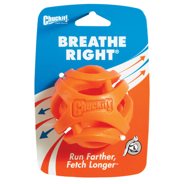 Chuckit-Breathe-Right-Fetch-Ball-1
